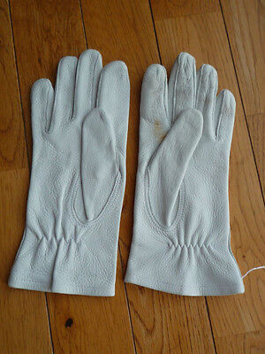 White leather German Bundeswehr Parade Gloves Size 7 3/4 used