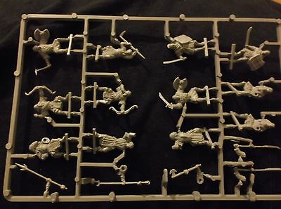 LORD OF THE RINGS MORGUL ORCS/ MORDOR ORCS x32 (NOW 32 AS HAVE FOUND 8 MORE!!!!)