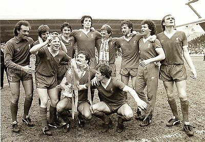 Liverpool - 1982 League Cup Winners 10X8 Photo (1)