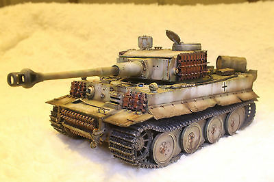 1/35 GERMAN TIGER I Ausf E Sch Pz Abt 510 - BUILT AND PAINTED MODEL