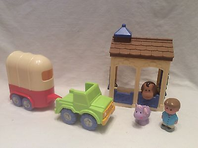 Elc Happyland - Stable With Car & Horse Box + Figure + Horse