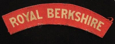 Royal Berkshire Regiment WW2 White on Red Printed Shoulder Title