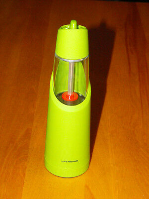 "Trudeau (Home Presence) 8"" Peppermill Battery - Lime Green  (NEW)"