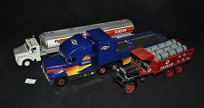 ThriftCHI ~ ERTL 1992 Edition #9 Texaco Coin Bank, Exxon & Sunoco Battery Operat