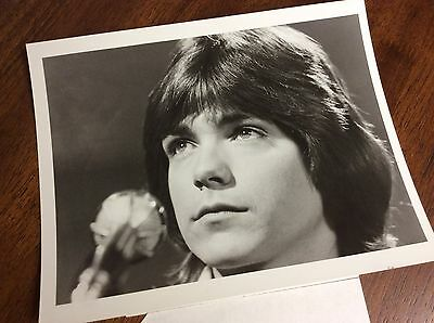 "1971 ABC T.V. PRESS PHOTO ""THE PARTRIDGE FAMILY"" DAVID CASSIDY Singing"