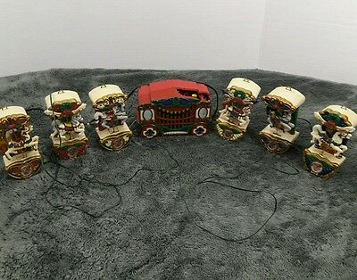MR. CHRISTMAS HOLIDAY CAROUSEL Lighted Animated Horses vintage