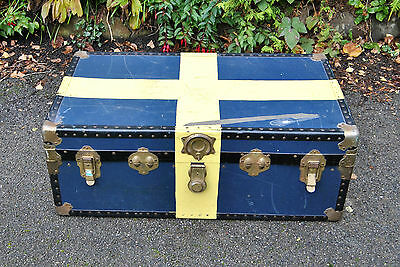 Lovely Vintage Large Painted Mossman Travel Steamer Trunk. Storage etc. Wirral