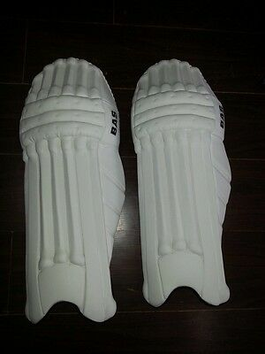 2015 BAS Players Edition Cricket Batting/Legguards Pads: As used by Many Pros