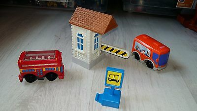 Circuit de train Geotrax - La station de bus