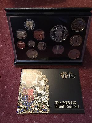 The 2009 Uk Proof Coin Set Featuring Kew Gardens 50p