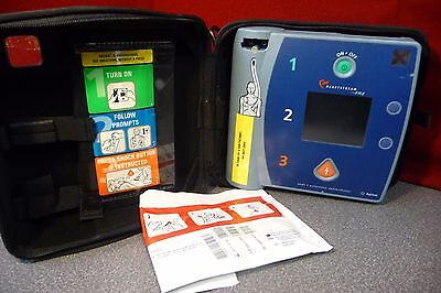 Philips HeartStart FR2 Defibrillator With Case and DP Electo Pads
