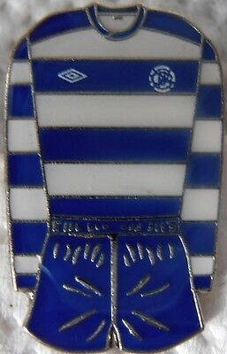 Queens Park Rangers QPR official enamel football badge 1970''s