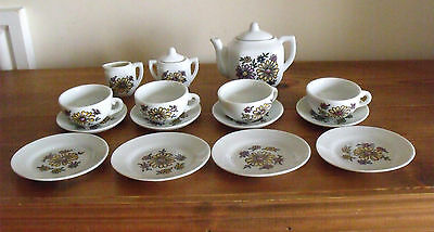 Vintage 1970's Childs Teaset from WH Smiths With Box