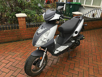 Jonway 50 2015 scooter with alarm system in good condition