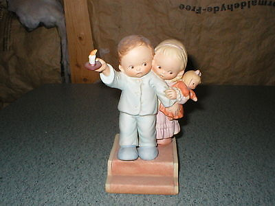 """Memories of Yesterday """"Is It Really Santa""""  Candle Mark Boy Girl Doll & Candle"""