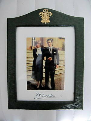 Princess Diana - Hand Signed engagement Photo - 1981