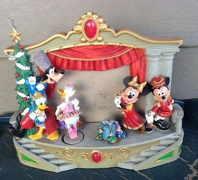 DISNEY Mickey Mouse & Friends CHRISTMAS Frame & Music Box NUTCRACKER SUITE MARCH