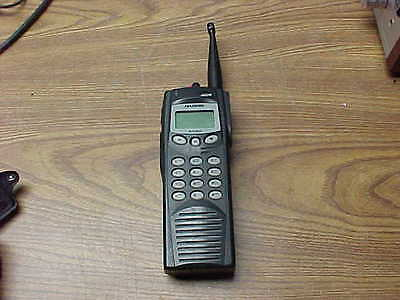 Harris M/a-Com P7200 700/800Mhz Portable Radio With Battery