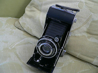 antique folding Ensign camera-made in England  -ex condition
