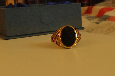 Mens Vintage - 9ct Yellow Gold Patterned Oval Onyx Signet Ring U 1/2