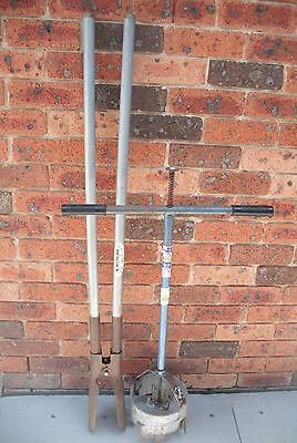 Jarrett 8 inch earth auger & Cyclone scissor action hole digger
