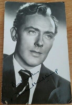 Signed photo of Michael Wilding
