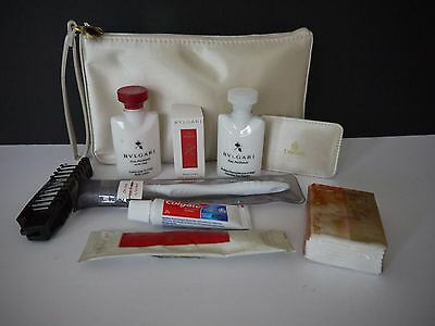 Emirates A380 Business Class Women'S Cream Amenity Bag