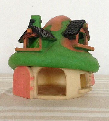 Large green, pink and cream Smurfs house