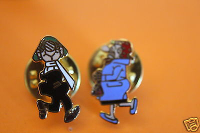 rare old manns beer andy cap and wife flow cap pin badges