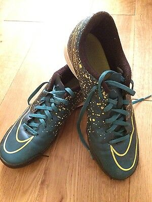 Mens Nike Mercurial Astro Trainers Size UK 7