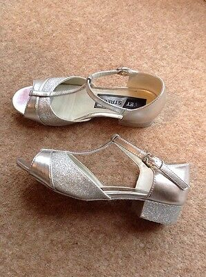 ballroom dance shoes Size 2