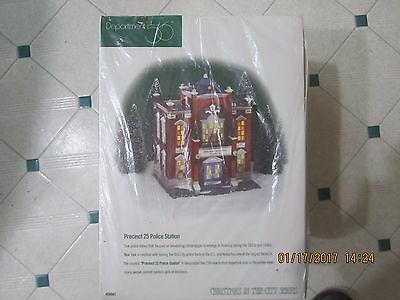 Dept 56 Christmas in the City 58941 Precent 25 Police Station (NEW)