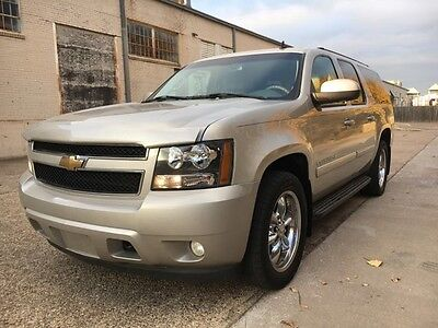 2007 Chevrolet Suburban 1500 LTZ 2007 Chevrolet Suburban 1500 LTZ 4x4-NAVIGATION-MOONROOF-DVD-READ ENTIRE AD