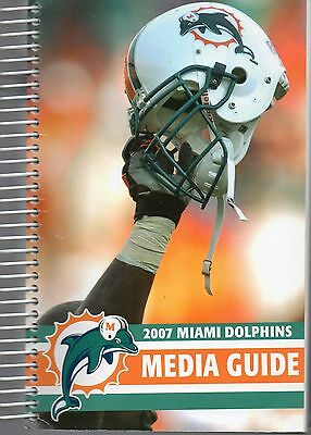 2007 Miami Dolphins Media Guide - American Football NFL