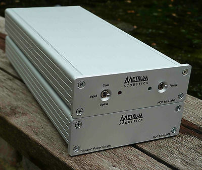 METRUM ACOUSTICS NOS Mini DAC Octave With Separate Power Supply in Silver