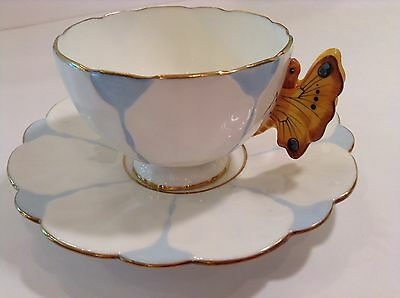 Magnific Hand Painted Butterfly Tea Cup And Saucer Aynsley