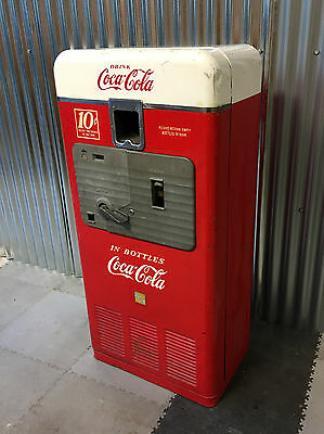 1950's Old Vintage Advertising VMC Vendorlator Coca Cola Coke Vending Machine