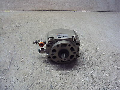 Smc Crb1Bw50-270S Rotary Actuator   Used