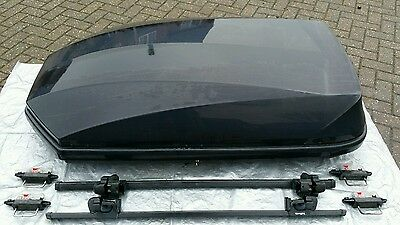 Halfords Exodus 470 Roof box and roof bars
