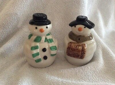 Vintage Wade Snowmen Novelty Salt & Pepper Condiments