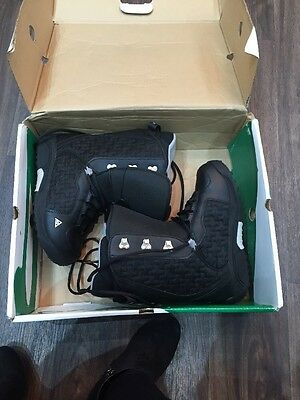K2 Pulse Snowboarding Boots