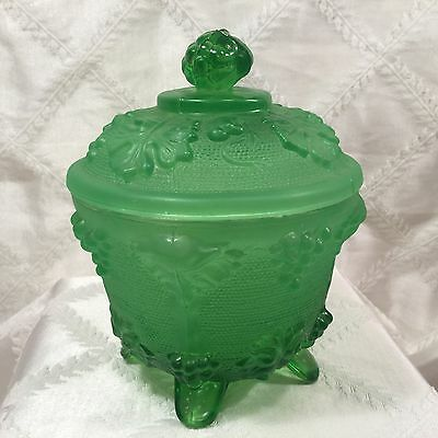 Vintage Jeannette Green Grapes/leaves Glass Covered Candy Dish,Satin Glass