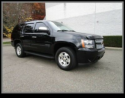 2011 Chevrolet Tahoe LT Sport Utility 4-Door 11 Chevy Tahoe LT 4x4 Leather 8 Passenger Third row seat Clean Fax