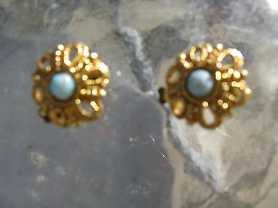 Vintage gold metal and turquoise earrings