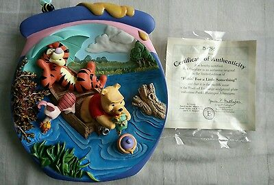 """Bradford Exchange 3D Plate Pooh's Honeypot """"Fishin' for a Little Something"""""""