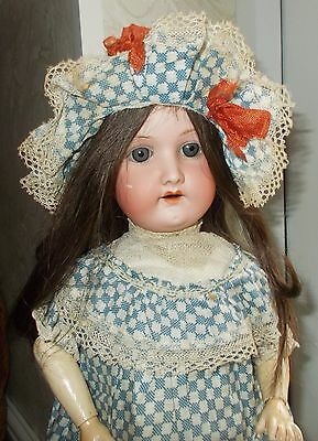 Gorgeous 20 Inch Heubach Mold 250,super Condition,lovely Antique Outfit.