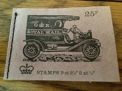 GB 1972 DH45 25p Veteran Transport Series Stitched Stamp Booklet (APR 1972)