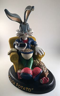 Warner Brothers Looney Tunes BUGS BUNNY ' COUCH POTATO ' statue 1994