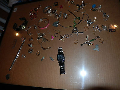Huge Jewlery Collection- Storage Unit Find  Gold, Silver??