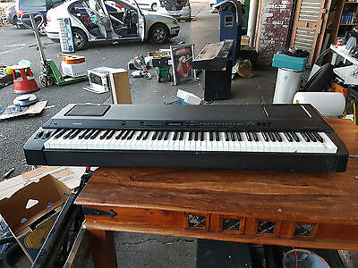 Yamaha P-200 Electronic Stage Piano